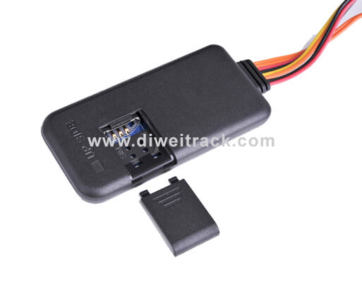 Tk116 new model Vehicle tracking device with 200MAh battery could change IMEI number.